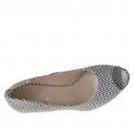 Woman's open toe shoe in optical black and white python printed leather heel 7
