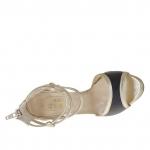 Escarpin ouvert avec plateforme, courroies et fermeture éclair en cuir lamé platine et noir talon 9  - Pointures disponibles:  31