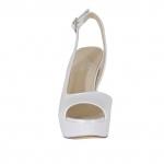 Sandalo da donna con plateau in pelle bianca perlata tacco 12 - Misure disponibili: 46