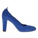 Pump shoe for women in pierced blue suede heel 8