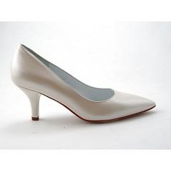Zapato de salon a punta en piel color marfil tacon 7 - Tallas disponibles:  31