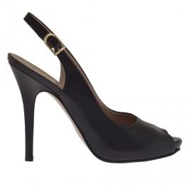 Sandalo da donna in pelle nera con plateau interno e tacco 11 - Misure disponibili: 31, 42, 46