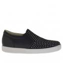 Chaussure pour femmes avec elastiques et goujons en cuir et daim noir talon compensé 2