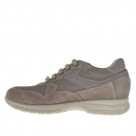 Men's sports shoe with laces in dove grey suede and fabric