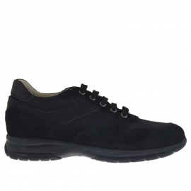 Men's laced sports shoe in black suede and fabric
