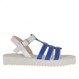 Sandalo da donna con 3 fasce in vernice stampata blu e pelle stampata bianca zeppa 2,5 - Misure disponibili: 34