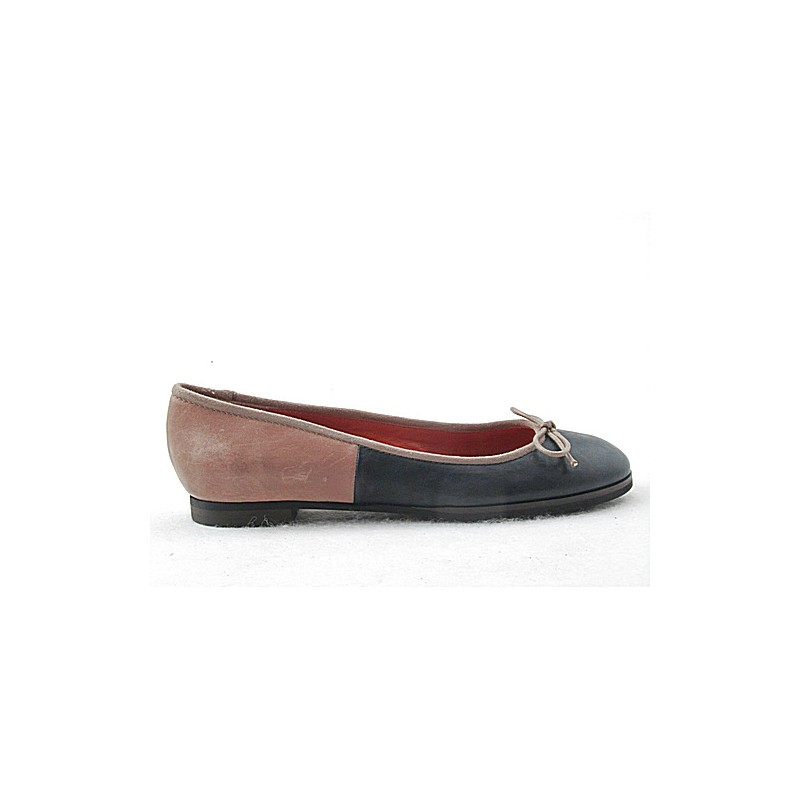Ballerina in dark blue and beige leather - Available sizes: 32