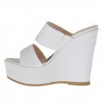 Woman's open mules in white snake-skin printed leather with platform and wedge 12