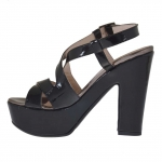 Woman's platform sandal in black and gunmetal patent leather heel 12