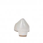 Damenpump mit V-Blatt aus elfenbein- und perlfarbenem Leder Absatz 3 - Verfügbare Größen:  33