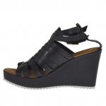 Sandale pour femmes avec plateforme et courroies entrecroisés en cuir noir talon compensé 9 - Pointures disponibles:  42