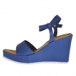 Woman's strap sandal in blue leather with platform and  wedge 9