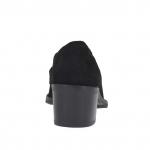Woman's mocassin in black suede with metal accessory heel 5