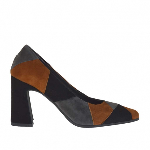 Woman's pump in black, tabacco brown and grey patchwork suede heel 8 - Available sizes:  45