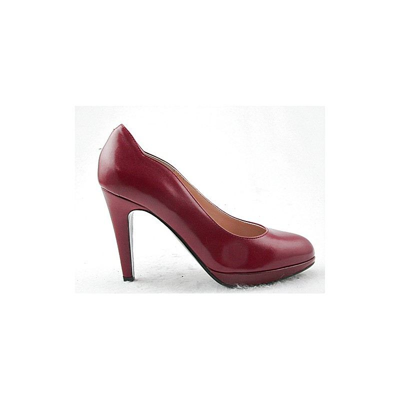 Platform pump in maroon leather - Available sizes: 31