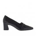 Chaussure fermée pour femmes en cuir verni noir talon 5