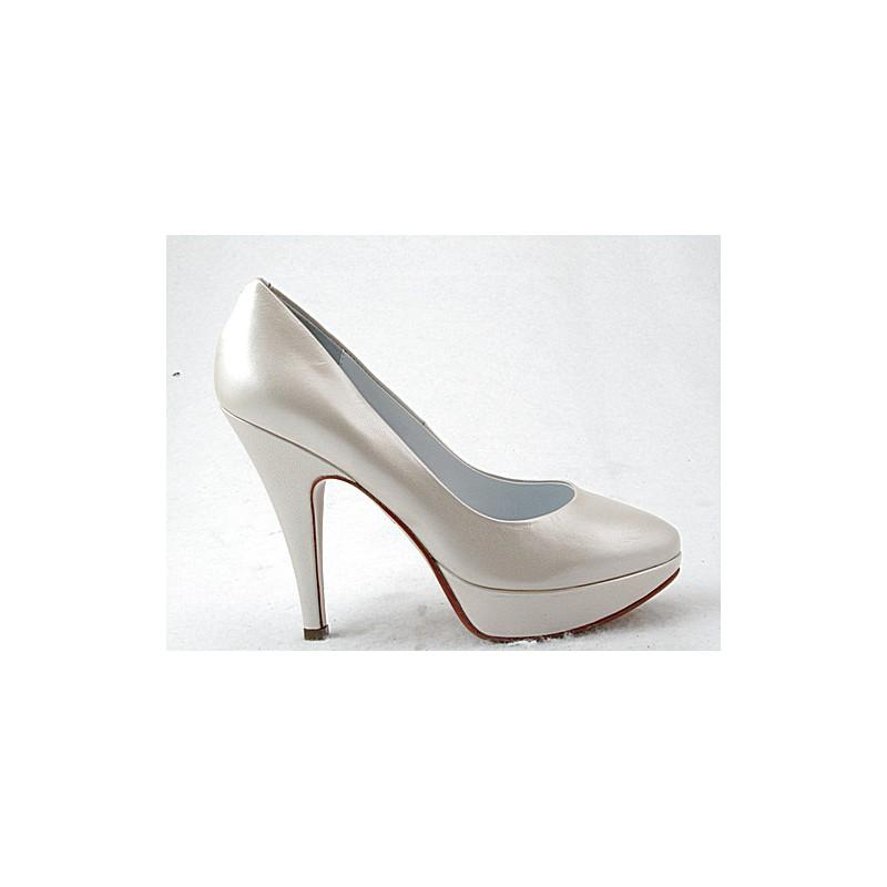 Escarpin avec plateforme en cuir perle ivoire avec talon 11 - Pointures disponibles:  31, 43, 44