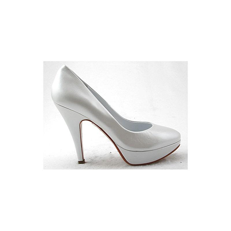 Escarpin avec plateforme en cuir blanche nacrée avec talon 11 - Pointures disponibles:  46