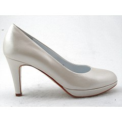 Platform pump in pearly ivory leather heel 8 - Available sizes:  32, 46