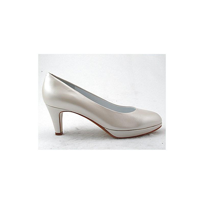 Zapato de salon con plataforma en piel de color marfil perlado tacon 6 - Tallas disponibles:  32