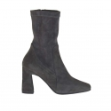 Woman's ankle boot with zipper in charcoal grey elastic suede heel 8