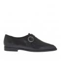 Chaussure fermée pour femmes en cuir et cuir imprimé noir avec boucle talon 1.5