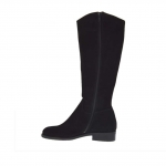 Woman's boot with zipper in black suede heel 3