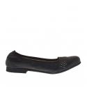Ballerina chaussure pour femmes avec goujons en cuir noir talon 1