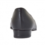 Woman's pump shoe in black leather heel 1.5