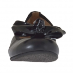 Woman's ballerina shoe in black leather with vanished bow heel 1