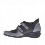Chaussure sportif pour femmes en cuir noir et bronze a canon avec fermeture velcro et accessoire metallique talon compensé 5 - Pointures disponibles:  42