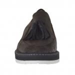 Mocassin pour femmes avec elastique et glands en cuir fini marron foncé talon 3 - Pointures disponibles:  46