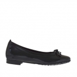 Woman's ballerina shoe with bow in black patent leather - Available sizes:  33
