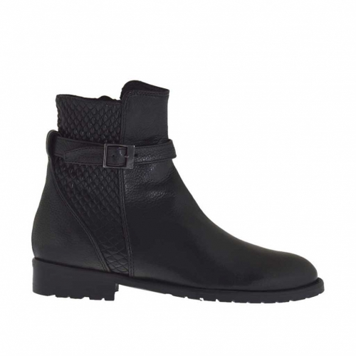 Woman's ankle boot with zipper and buckle in black leather and quilted leather heel 2 - Available sizes:  32