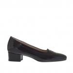 Chaussure fermée pour femmes en cuir verni imprimé noir talon 3 - Pointures disponibles:  34