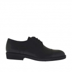 Elegant men's derby shoe with captoe and laces in black leather - Available sizes:  36, 51