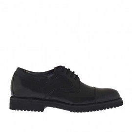 Men's elegant laced derby shoe with captoe in black leather - Available sizes:  36