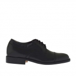 Men's elegant derby shoe with laces and captoe in black leather - Available sizes:  40