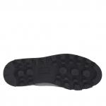 Chaussure avec lacets decoratifs pour femmes en cuir noir avec embout en cuir verni argent talon compensé 3 - Pointures disponibles:  32, 34