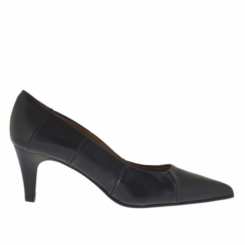 Woman's pump in black leather brush-off leather heel 6 - Available sizes:  34, 45