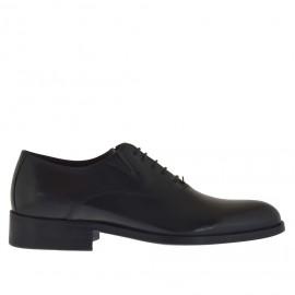 Elegante zapato con cordones y elasticos para hombre en piel de color negro - Tallas disponibles:  36, 50