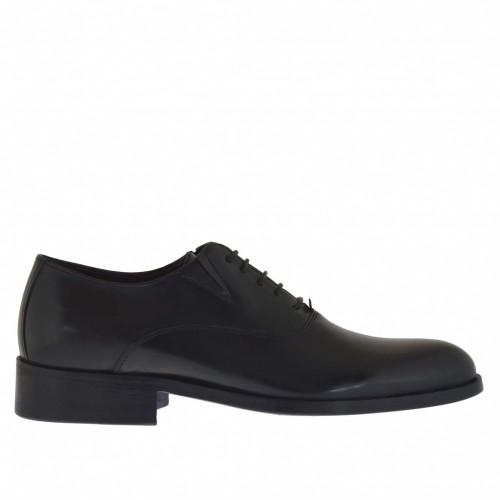 Elégant chaussure pour homme avec lacets et elastiques en cuir noir - Pointures disponibles:  36, 50
