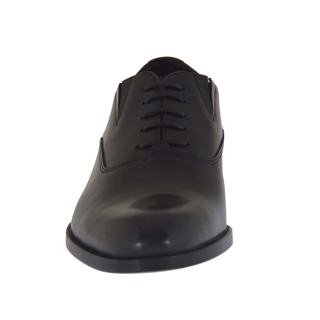 Elegant Women Thick Rubber Sole Closed Shoes