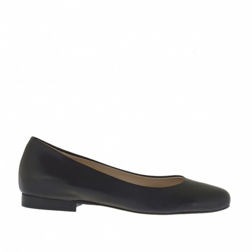 Woman's ballerina shoe with round tip in black leather heel 1 - Available sizes:  32