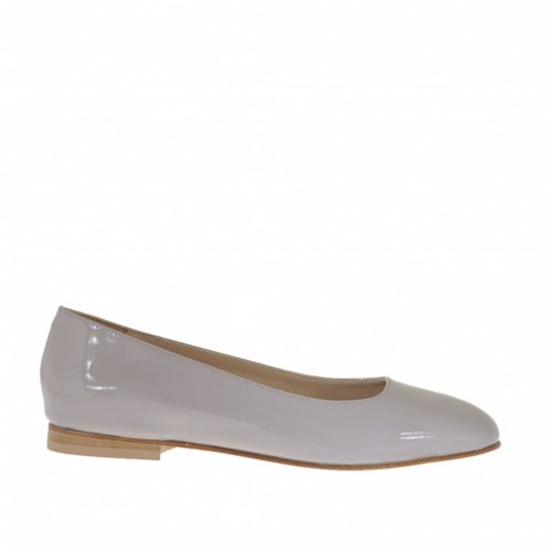 Woman's ballerina in dove grey patent leather with squared tip heel 1 - Available sizes:  33, 34, 45
