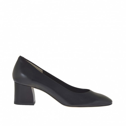 Woman's pump in black leather with squared tip heel 5 - Available sizes:  32, 33