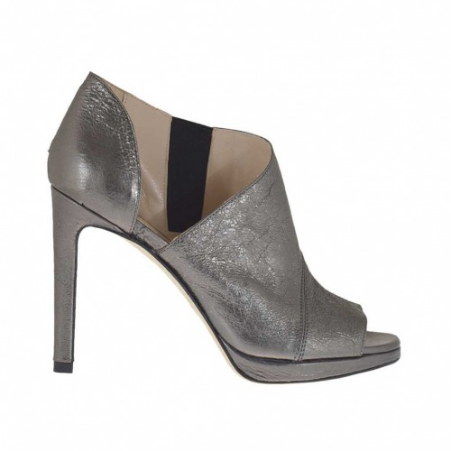 Woman's open pump in gunmetal laminated antiqued leather with elastic and platform heel 9 - Available sizes:  43