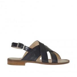 Sandalo da donna a fasce incrociate con cinturino in pelle nera tacco 1 - Misure disponibili: 43