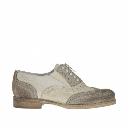 Woman's closed shoe with studs and zipper in beige suede and printed taupe leather heel 2 - Available sizes:  32, 34, 44, 45