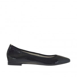 Ballerina da donna con punta sfilata in vernice nera tacco 1 - Misure disponibili: 32
